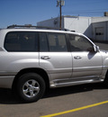 toyota land cruiser 2002 silver suv gasoline 8 cylinders 4 wheel drive automatic 79925