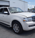 lincoln navigator 2007 white suv luxury gasoline 8 cylinders rear wheel drive automatic with overdrive 28557