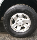 toyota 4runner 1998 white suv sr5 gasoline 6 cylinders 4 wheel drive automatic 80905