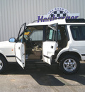 land rover discovery 1999 white suv sd gasoline v8 all whee drive automatic 80905