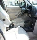 saab 900 1996 silver hatchback se turbo gasoline 4 cylinders front wheel drive 5 speed manual 80229