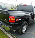 gmc 1500 sierra 2004 black sle z71 gasoline 8 cylinders 4 wheel drive automatic 14224