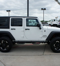 jeep wrangler unlimited 2012 white suv sport gasoline 6 cylinders 4 wheel drive automatic 76087