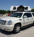 cadillac escalade esv 2009 white suv 8 cylinders rear wheel drive automatic 76087