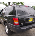 jeep grand cherokee 2004 brilliant black cry suv laredo gasoline 6 cylinders 4 wheel drive automatic with overdrive 07730