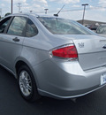 ford focus 2010 silver sedan se gasoline 4 cylinders front wheel drive not specified 37087