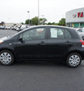toyota yaris 2009 black hatchback gasoline 4 cylinders front wheel drive automatic 19153