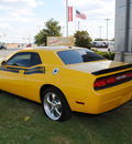 dodge challenger 2010 yellow coupe r t gasoline 8 cylinders rear wheel drive automatic 76087
