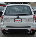 subaru forester 2012 white wagon 2 5x gasoline 4 cylinders all whee drive automatic 77099