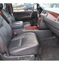 chevrolet suburban 2009 white suv ltz 1500 gasoline 8 cylinders 2 wheel drive automatic 78130