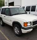 land rover discovery series ii 2000 white suv gasoline v8 all whee drive automatic 76108