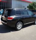 toyota highlander 2012 black suv se gasoline 4 cylinders front wheel drive 6 speed automatic 76053