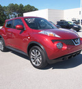 nissan juke 2011 red sv gasoline 4 cylinders front wheel drive 6 speed manual 28557