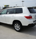 toyota highlander 2011 white suv se gasoline 4 cylinders front wheel drive automatic 76011