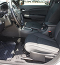 chrysler 200 2011 dk  gray sedan lx gasoline 4 cylinders front wheel drive automatic 76011