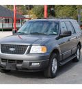 ford expedition 2005 gray suv xlt gasoline 8 cylinders rear wheel drive automatic with overdrive 77008