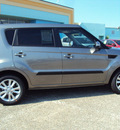 kia soul 2013 titanium silver hatchback gasoline 4 cylinders front wheel drive automatic 32901