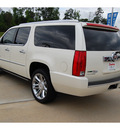 cadillac escalade esv 2010 white suv platinum edition flex fuel 8 cylinders all whee drive automatic with overdrive 77656