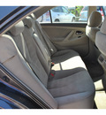 toyota camry 2009 dk  gray sedan le gasoline 6 cylinders front wheel drive not specified 78233