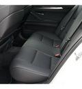 bmw 5 series 2011 white sedan 550i gasoline 8 cylinders rear wheel drive automatic 78729