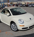 volkswagen new beetle 2008 beige se gasoline 5 cylinders front wheel drive automatic 79936