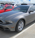 ford mustang 2013 gray coupe gasoline 6 cylinders rear wheel drive automatic 77578