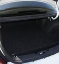 ford taurus 2002 white sedan se 6 cylinders automatic 33021