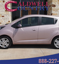 chevrolet spark 2013 pink hatchback gasoline 4 cylinders front wheel drive not specified 77836