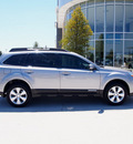 subaru outback 2011 silver wagon 2 5i limited gasoline 4 cylinders all whee drive cont  variable trans  75070