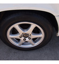 volvo v70 2000 white wagon se gasoline 5 cylinders front wheel drive automatic 28217