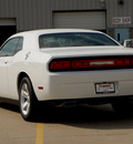 dodge challenger 2013 white coupe sxt flex fuel 6 cylinders rear wheel drive automatic 62034