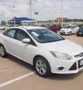 ford focus 2013 white sedan se flex fuel 4 cylinders front wheel drive automatic 76108