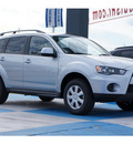 mitsubishi outlander 2012 silver suv es gasoline 4 cylinders front wheel drive automatic 77094