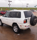 toyota rav4 1999 white suv gasoline 4 cylinders front wheel drive automatic 76116