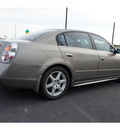 nissan altima 2003 champagne sedan 3 5 se gasoline 6 cylinders dohc front wheel drive automatic 76543