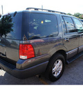 ford expedition 2005 gray suv xlt 8 cylinders automatic 78748