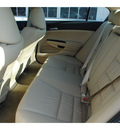 honda accord 2012 white sedan se 4 cylinders 5 speed automatic 77025
