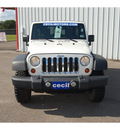 jeep wrangler unlimited 2010 white suv rubicon 6 cylinders automatic with overdrive 77632