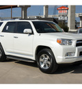 toyota 4runner 2013 white suv sr5 gasoline 6 cylinders 4 wheel drive automatic 78232