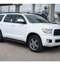 toyota sequoia 2012 white suv sr5 gasoline 8 cylinders 2 wheel drive automatic 78232