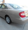 toyota camry 2002 gold sedan 4 cylinders not specified 43228