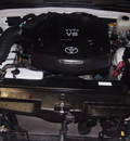 toyota 4runner 2007 white suv sr5 gasoline 6 cylinders rear wheel drive automatic 76116