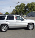 jeep grand cherokee 2004 silver suv limited 8 cylinders automatic 99336