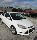 ford focus 2013 white sedan se flex fuel 4 cylinders front wheel drive automatic with overdrive 60546