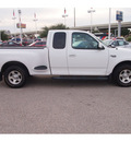 ford f 150 2003 white xlt gasoline 6 cylinders rear wheel drive automatic 77074