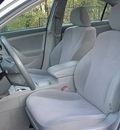 toyota camry 2010 silver sedan le gasoline 4 cylinders front wheel drive automatic 06019