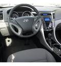 hyundai sonata 2013 silver sedan se gasoline 4 cylinders front wheel drive automatic 78550