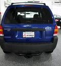 ford escape 2005 dk  blue suv xlt sport gasoline 6 cylinders all whee drive automatic 44060