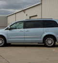 chrysler town country 2013 lt  blue van touring l flex fuel 6 cylinders front wheel drive automatic 62034