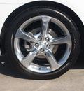 chevrolet camaro 2013 summit wht coupe gasoline 6 cylinders rear wheel drive 6 spd auto whls 20x8 frt 20x9 rr pol al6 mths onstar direc 77090
